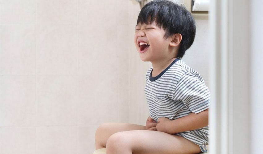 یبوست در کودکان ، علائم، دلایل، درمان خانگی، خطرات و عوارض